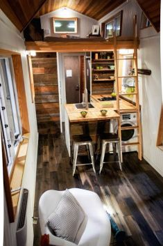 Tiny House Mansion 124