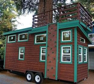 Tiny House Mansion 25