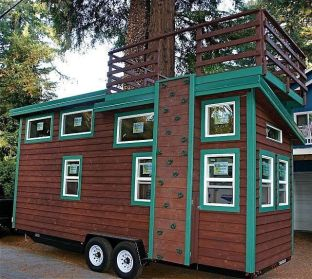 Tiny House Mansion 25