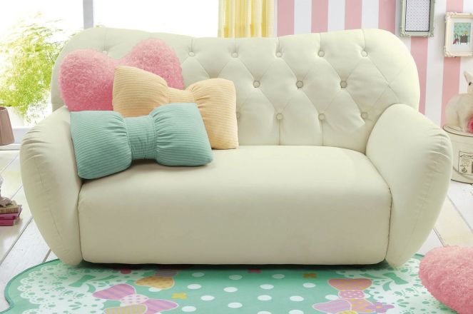 White And Pastel Bedroom 10