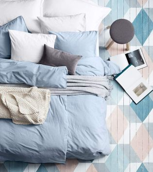 White And Pastel Bedroom 100