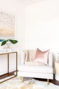 White And Pastel Bedroom 107