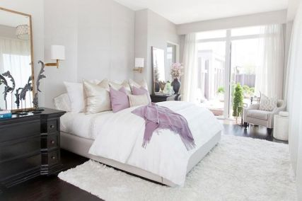 White And Pastel Bedroom 117