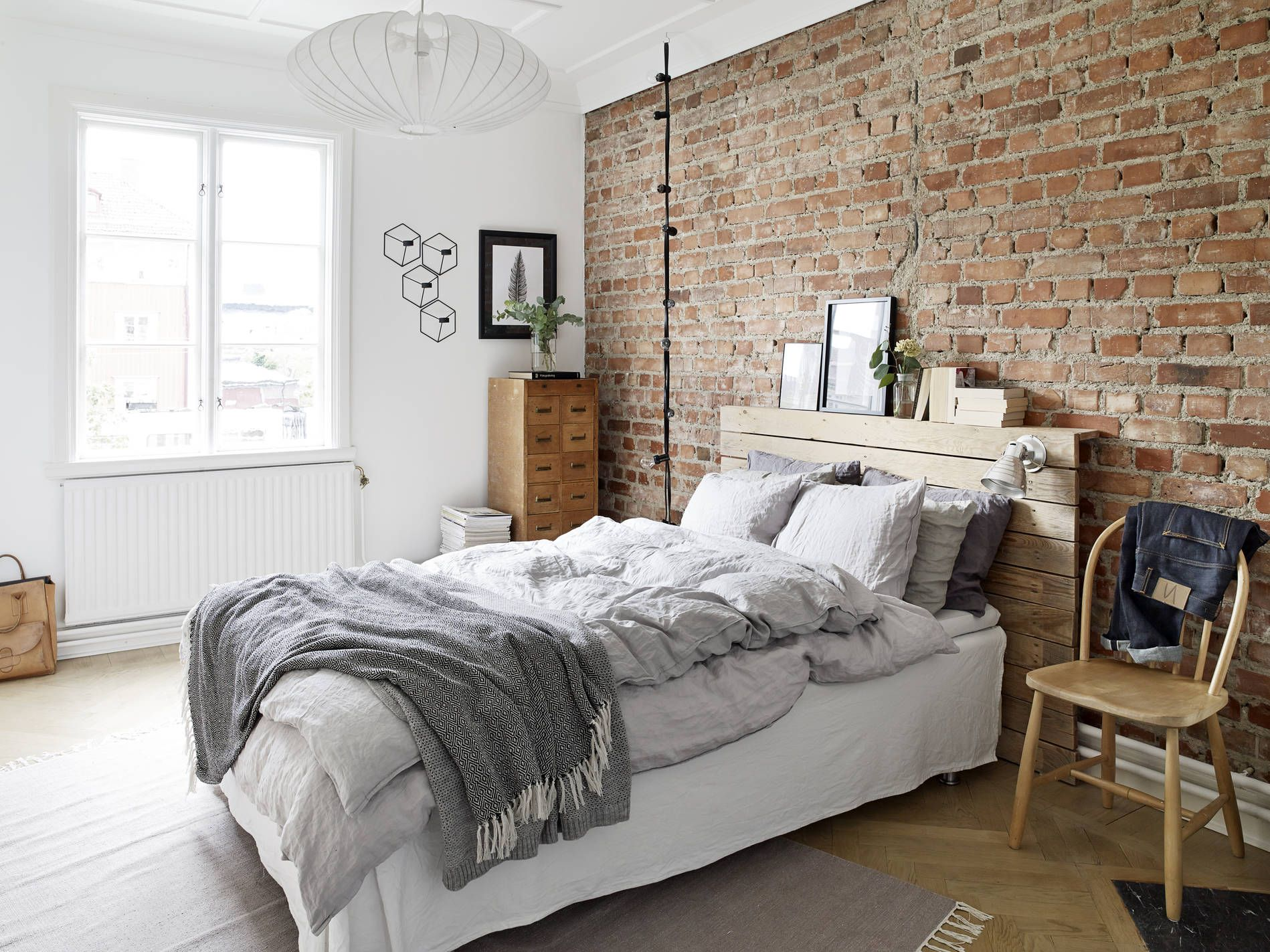 White And Pastel Bedroom 13