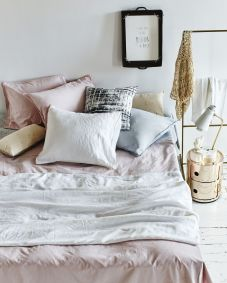 White And Pastel Bedroom 38
