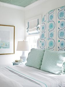 White And Pastel Bedroom 93