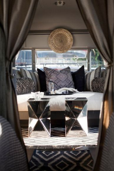 Best Campers Interiors 32
