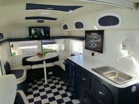 Best Campers Interiors 45
