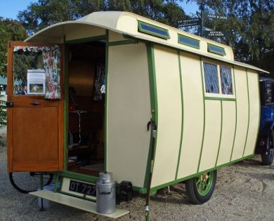 Camper Vans Caravans 33
