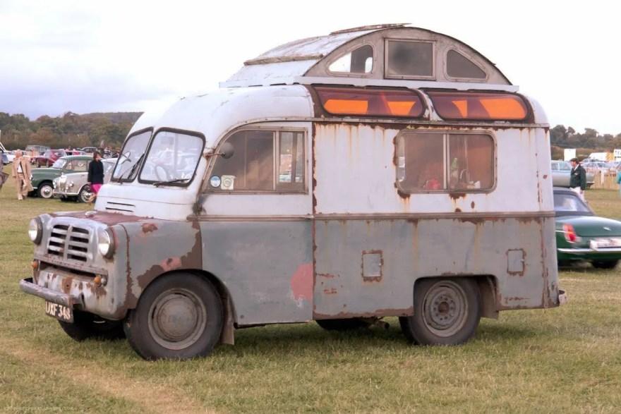 Camper Vans Caravans 4