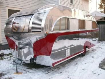 Camper Vans Caravans 44
