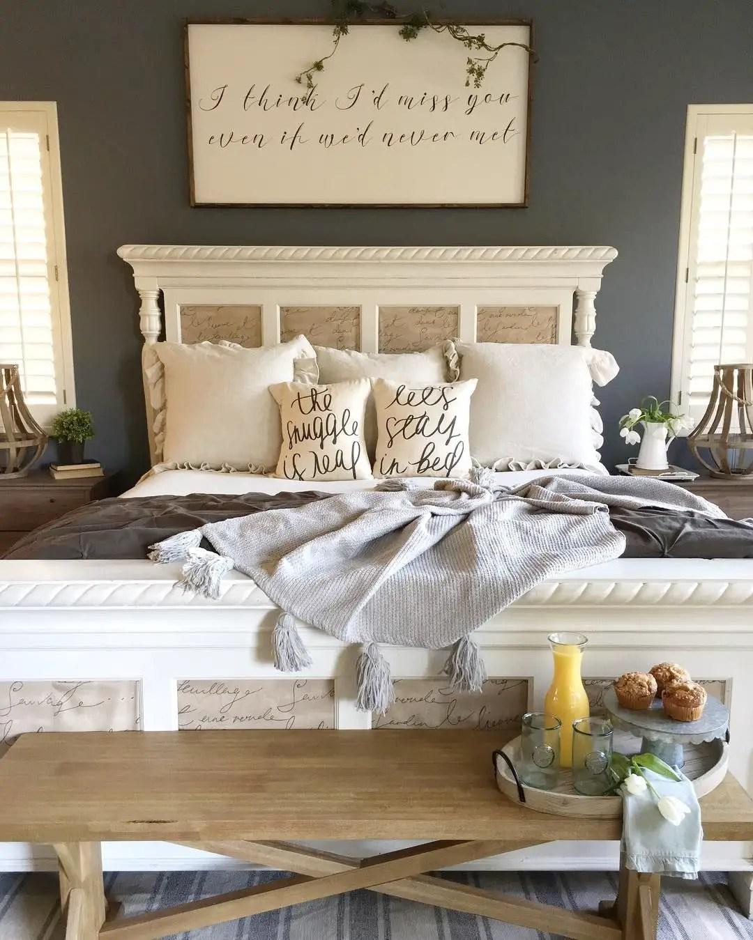Farmhouse Bedroom: 50 Farmhouse Bedroom Design Ideas That Inspire