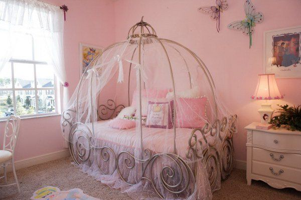 100 dreamy bedroom designs for your little princess for Princess bedroom design ideas