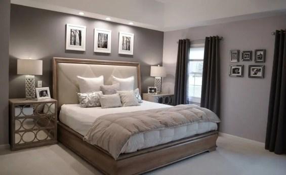 Colorful Modern Bedroom 23