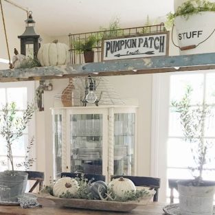 Farmhouse Fall Decor 15