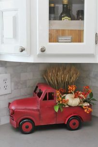 Farmhouse Fall Decor 25