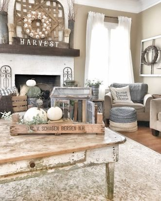 Farmhouse Living Rooms 12