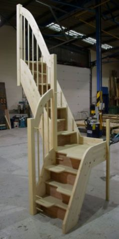 Tiny House Stairs 12