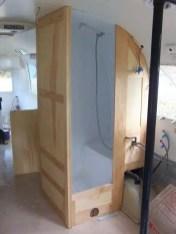25 Bathroom Decorating Ideas For Your Airstream Decoratoo