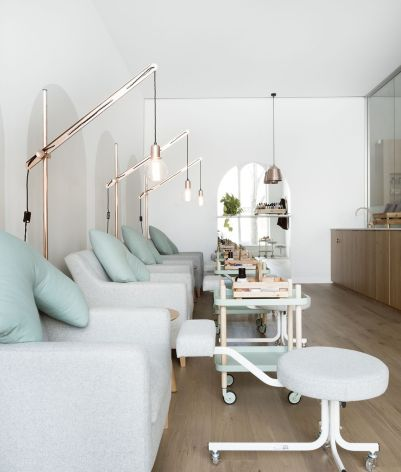 Beauty Salon Design 8