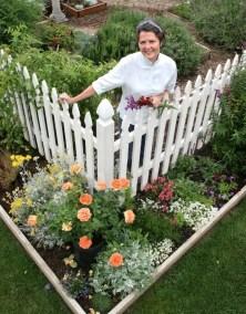 Cottage Garden Front Yard 22
