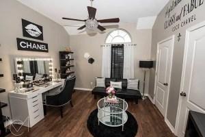Glam Makeup Room 4