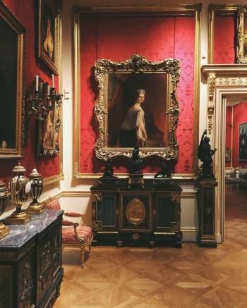 Renaissance Living Room 23