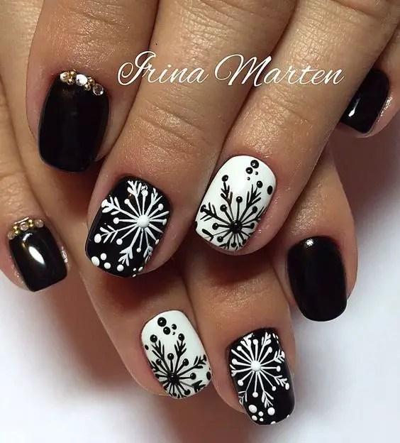 Nails Design Ideas for Christmas 5