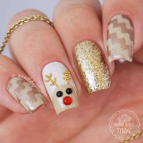 Nails Design Ideas for Christmas 7