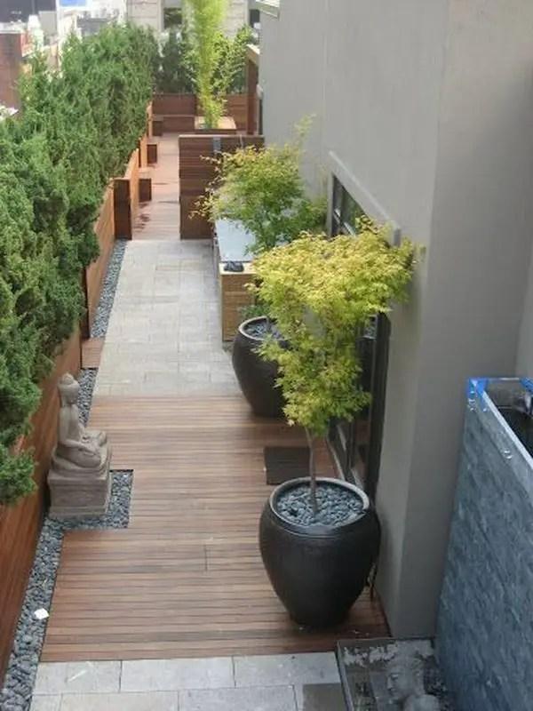 15 Amazing Side Yard Garden Ideas - decoratoo on Side Yard Walkway Ideas id=16024