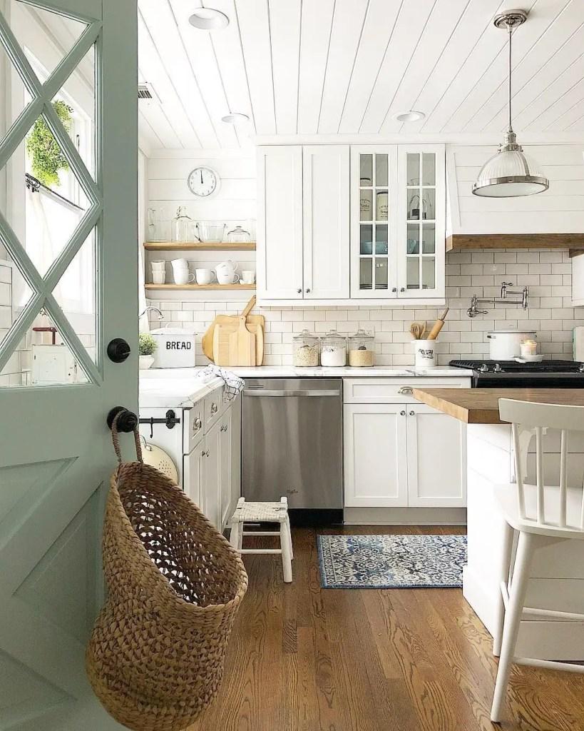 Farmhouse Kitchen 36