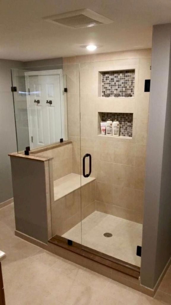 Small Master Bathroom 17