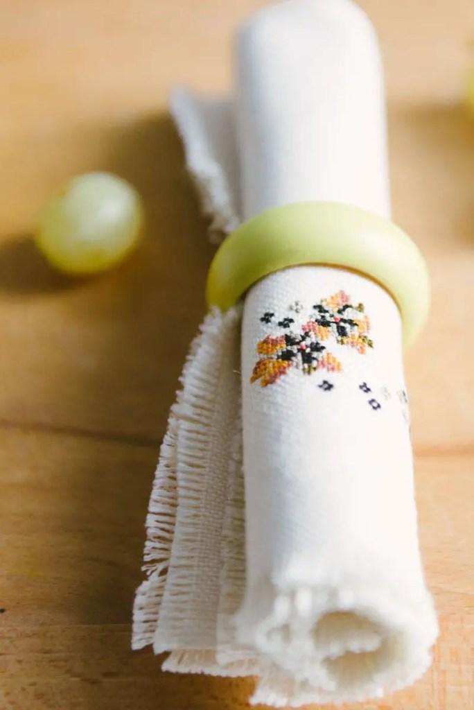 Handmade DIY Kitchen Decor 23