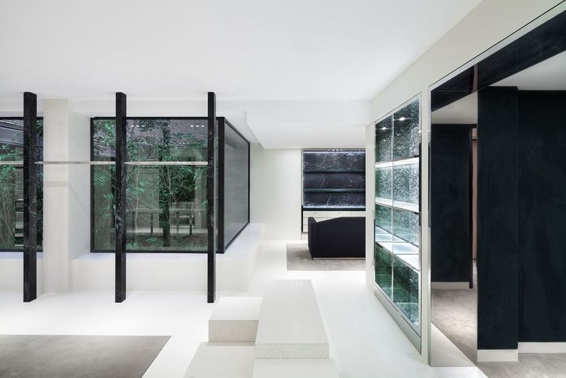 Luxurious commercials Interior Design Collaboration of Alexander Wang And Ryan Korban