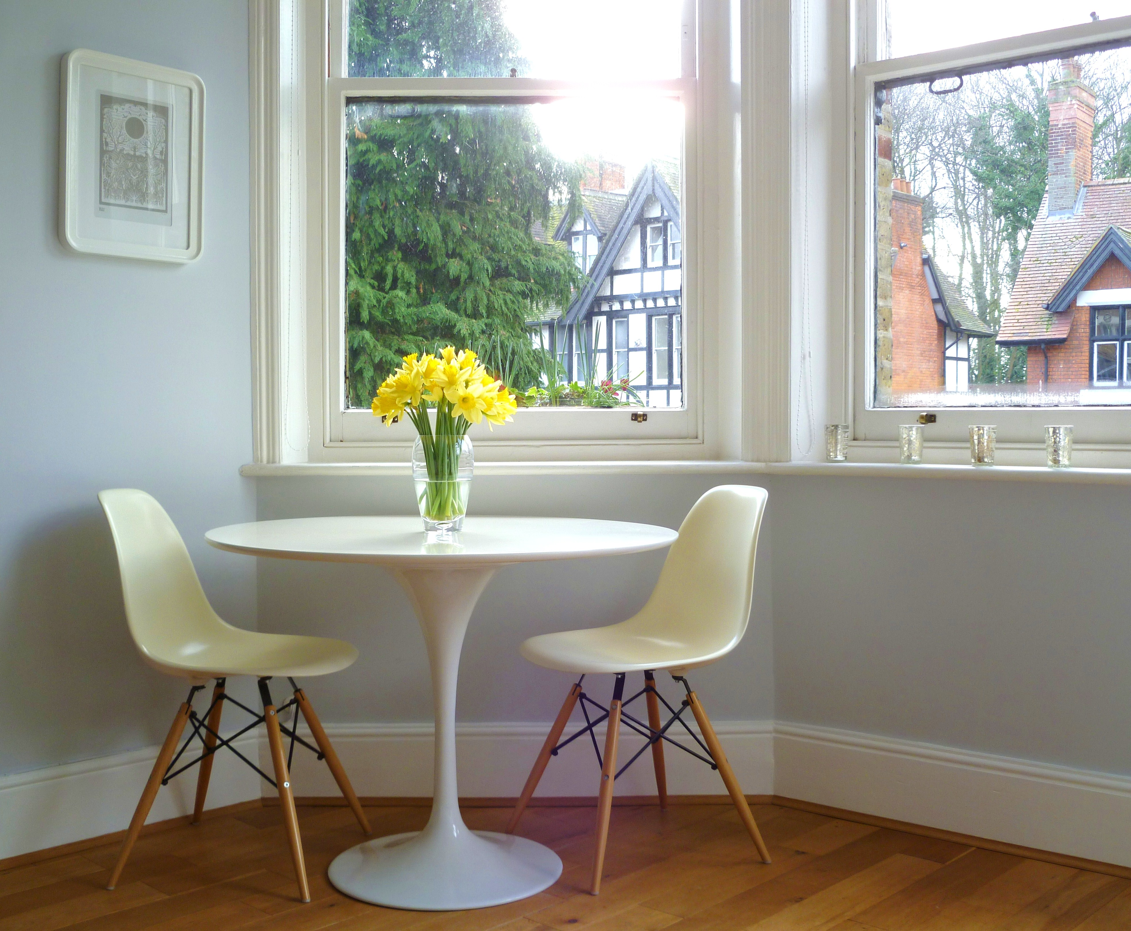 tulip table and chairs uk used dinning spring has sprung decorator 39s notebook