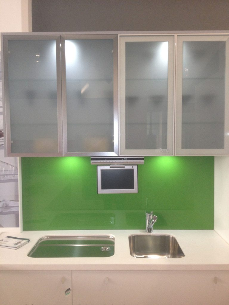 Ideas On Installing The Best Frosted Glass Cabinets In ...