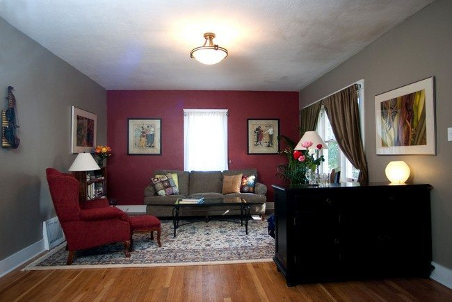 Tips on Decorating Small Living Rooms  Decor Around The World
