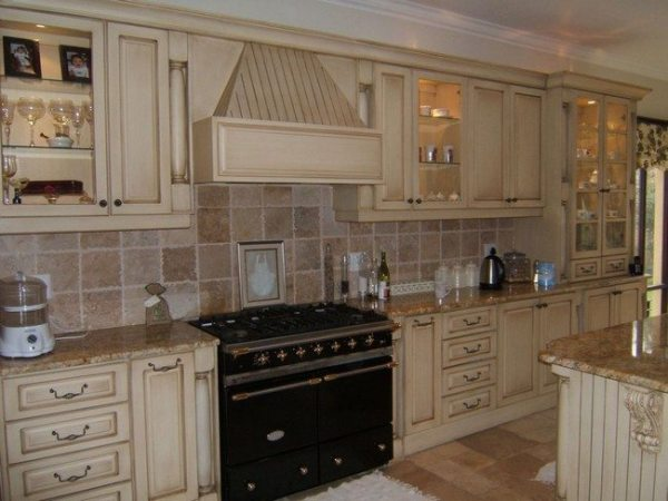 rustic french country kitchen backsplash French Country Kitchen Décor - Decor Around The World