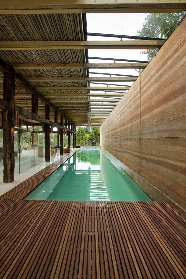 Small House with Pool Extravagance Let Your Small House Stand Out With These Ideas for Pools