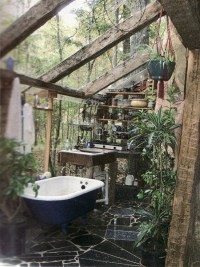 Amazing Outdoor Bathroom/Shower Ideas You Can Try In Your ...