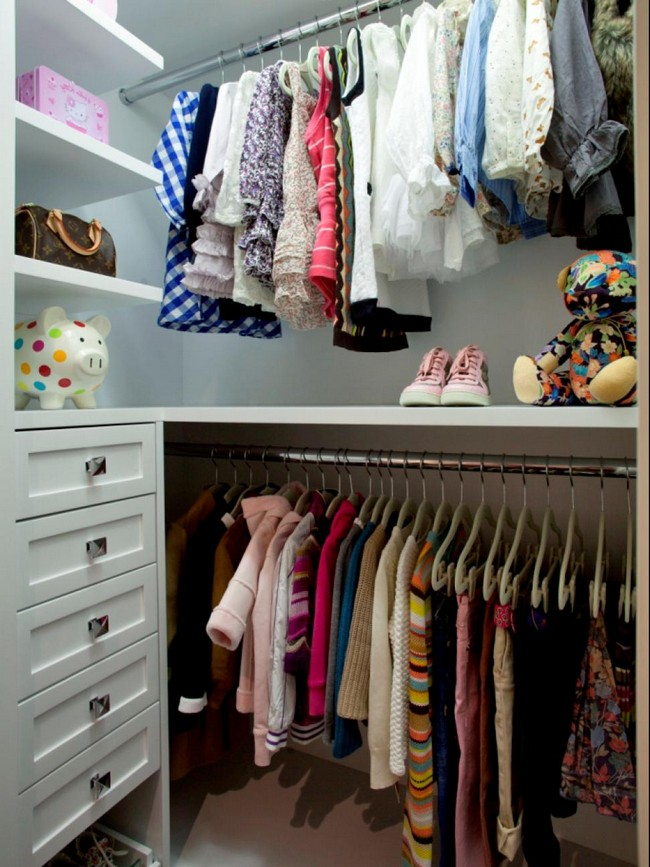 Introducing Charm And Playfulness In Your Home With A Walk In Closet Decor Around The World
