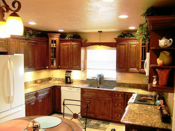 kitchen under cabinet lighting marble table set ideas: the best fixtures for ...