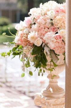Pink Elegant Wedding Floral Arrangements