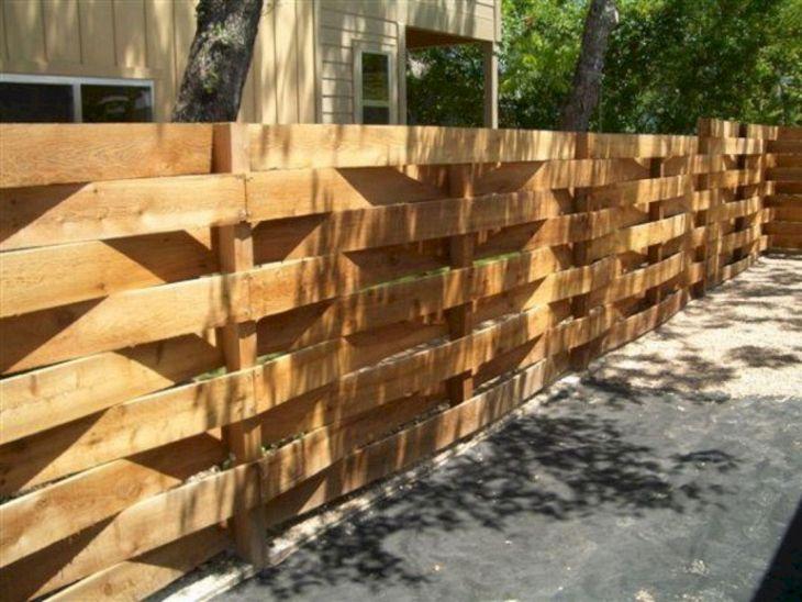 DIY Wooden Garden Fence Design Ideas