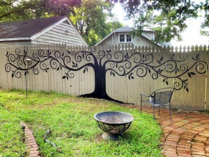 Unique Wood Garden Fence Ideas