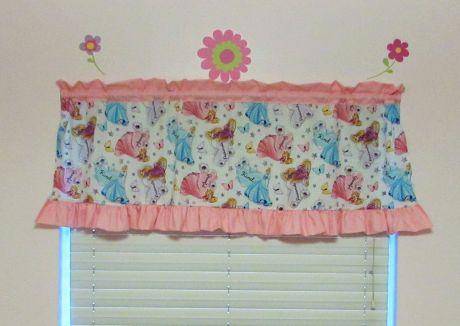 Beautiful Curtain Princess Design Ideas 6