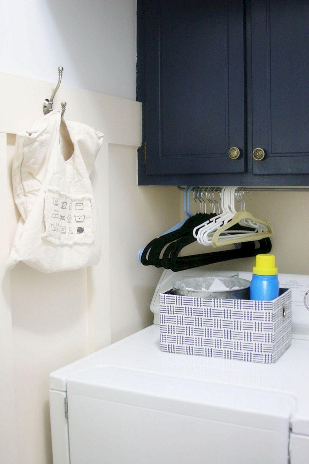 DIY Laundry Room Decoration