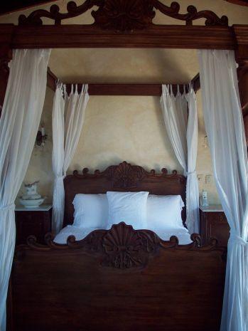 Spanish Style Bedroom Furniture 24