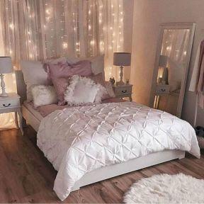 65 The Best Way to Beautify Your Bedroom Headboard 0009