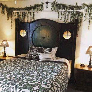 65 The Best Way to Beautify Your Bedroom Headboard 0062